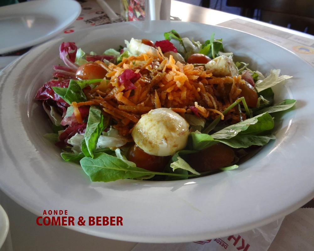 foto Salada Light no Kharina Lanches